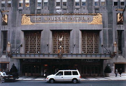 Отель Waldorf Astoria