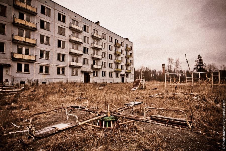 zabroshennyy_voennyy_gorodok_v_podmoskove_04.jpg